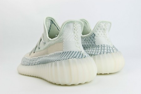 кроссовки Adidas Yeezy 350 boost v2 Cloud White